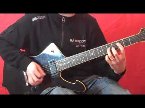 how to play motley crue on guitar
