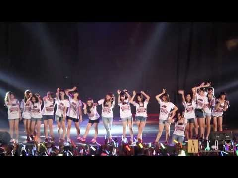 JKT48 - Kelinci Pertama Live di Sportorium UMY