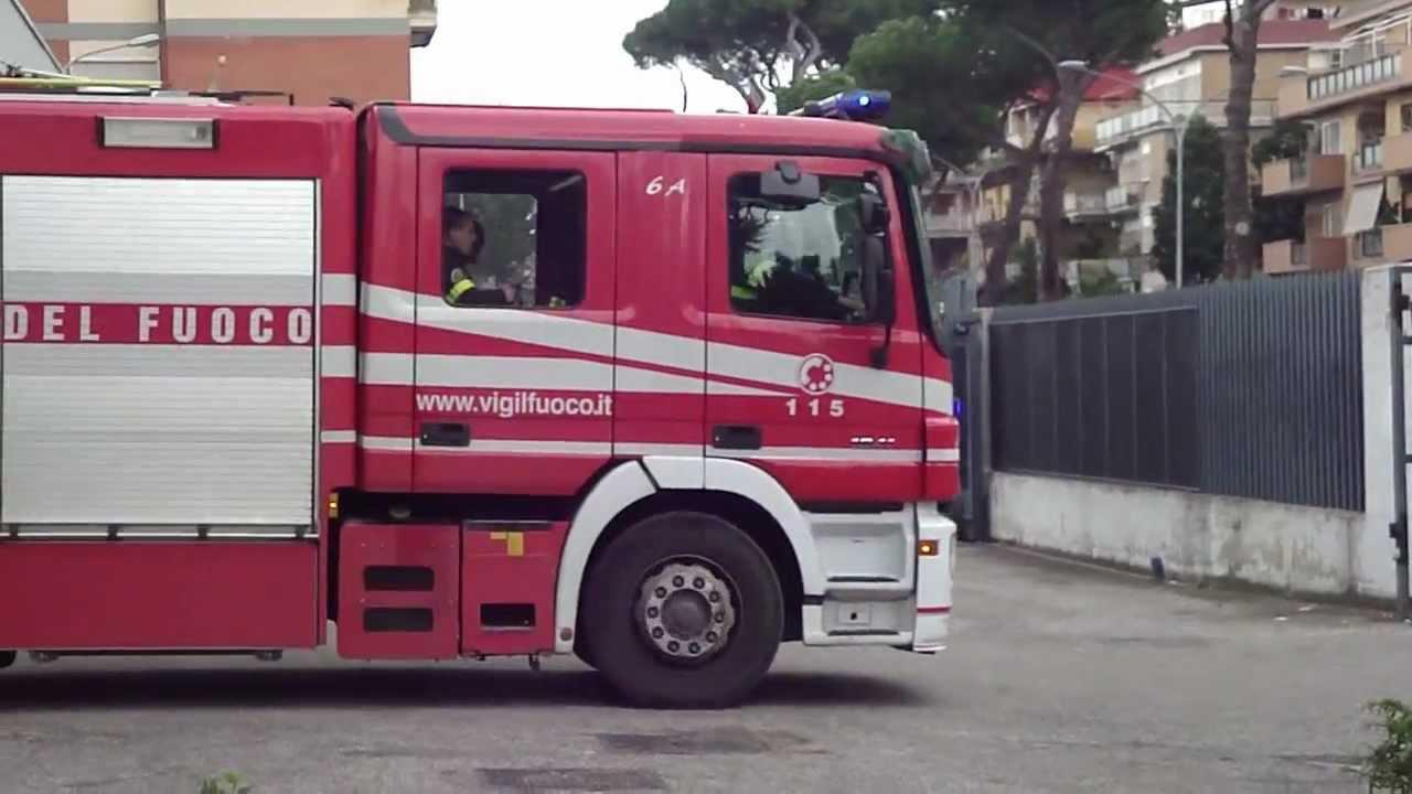 Vigili Del Fuoco Roma Uscita 6a Per Ascensore Bloccato Youtube
