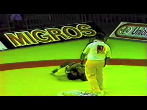 1989 Senior World Championships: 52 kg Zeke Jones (USA) vs. Tunisia