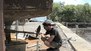 cleaning-the-bilge-and-removing-the-propeller-shaft