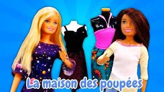 Barbie choisit une nouvelle robe. Vidéo de poupées pour enfants.