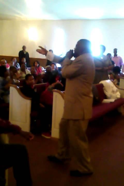 Rev  Bertrand Bailey Jr  Preaching New Greenwood