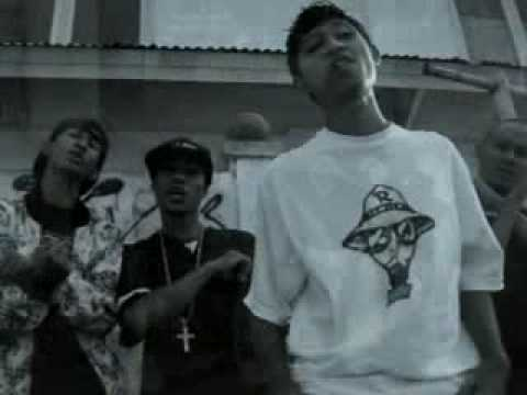 Rapper Family Rappublick perumnas Clip  ( Ende - Flores - Indonesia )