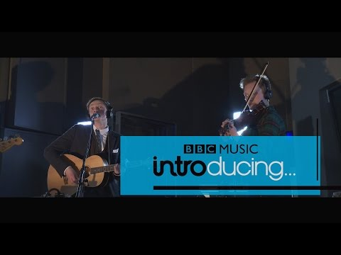 Hamish Hawk & The New Outfit - Beauty School Dropout (BBC Radio Scotland session)