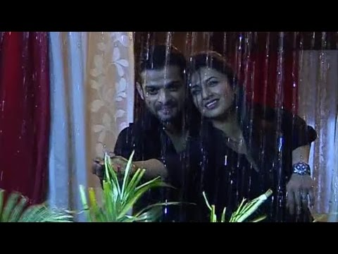 Yeh Hai Mohabbatein   16th Nov 2015   Raman & Ishita Sensual ROMANCE In The Rain