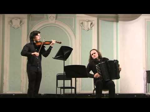 Bach - Sonata For Violin And Clavier In C Minor BWV 1017. Yuri Medianik (bayan), A.Pritchin (violin)