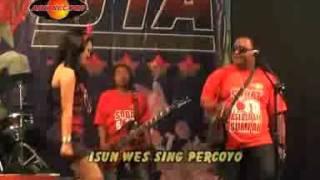 Happy Asmara -  Ngelali (Official Music Video)