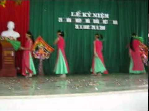 Cô giáo vùng cao - BD: Lớp 8A - Trường THCS Đỉnh Sơn