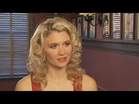 Interview with MARY POPPINS star, Scarlett Strallen