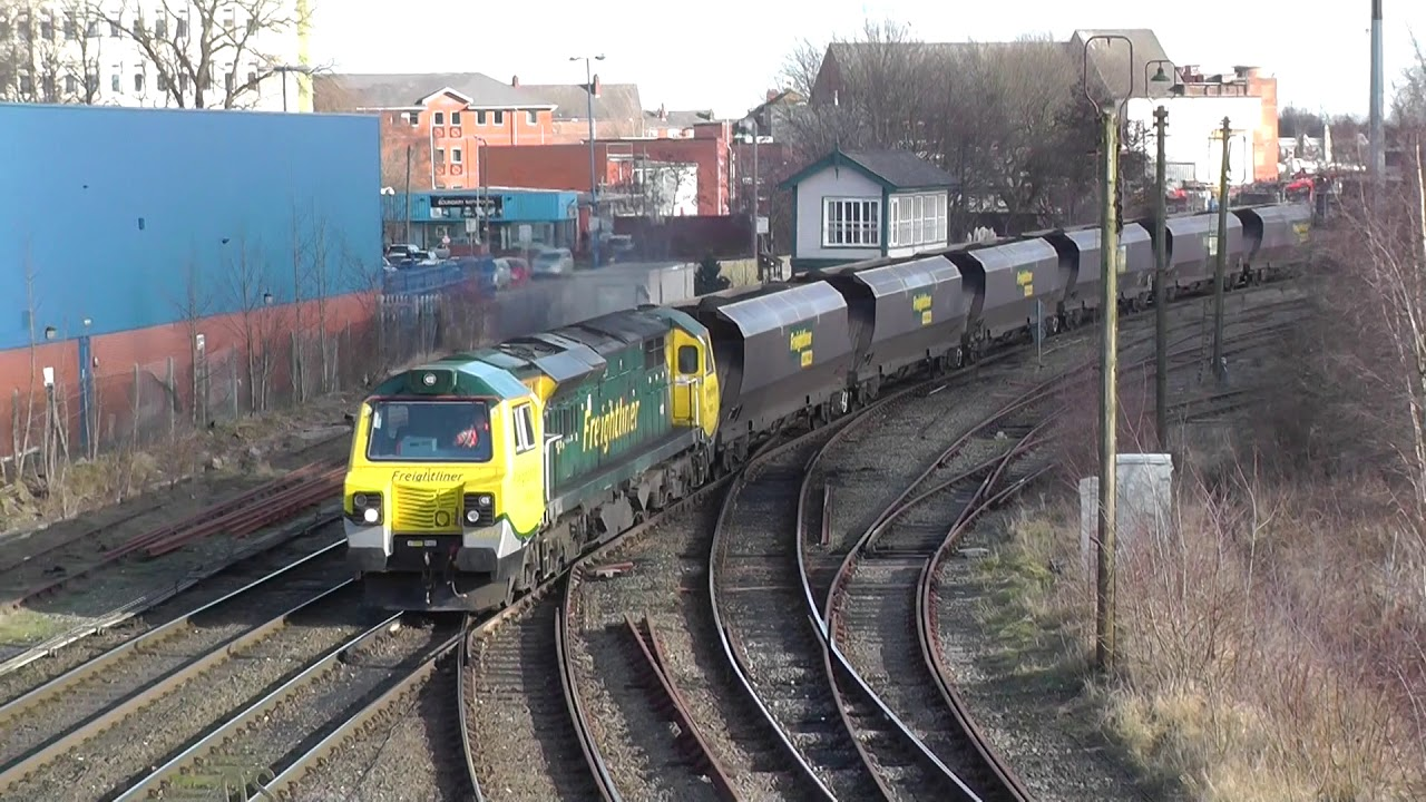 Download (HD) Trains at Warrington Bank Quay featuring Class 56,60,66 & 70 - 2/2/13