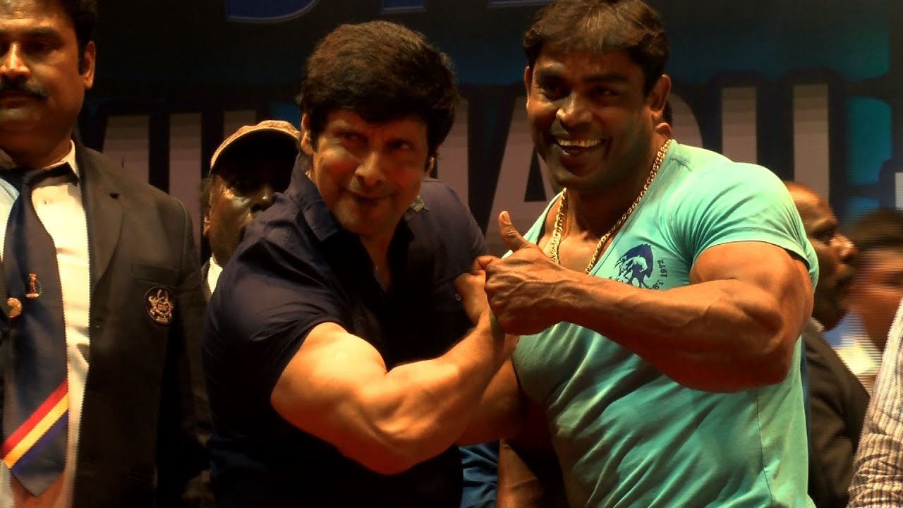 Actor Siyan Vikram Spends Time With The Real Bodybuilders of Tamil ...