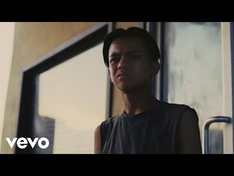 Benjamin Booker - Believe (Official Music Video)