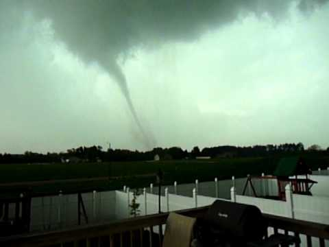 Sparta WI Tornado - Presented by Terry Arp - Shot by Trish Vail.MOV