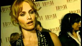 Amber Valletta Gives Her Opinion On The Theme Of Hitch