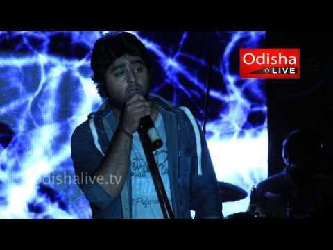 Arijit Singh Live - Dil Sambhalja Zara - XIMB Xpressions 2013