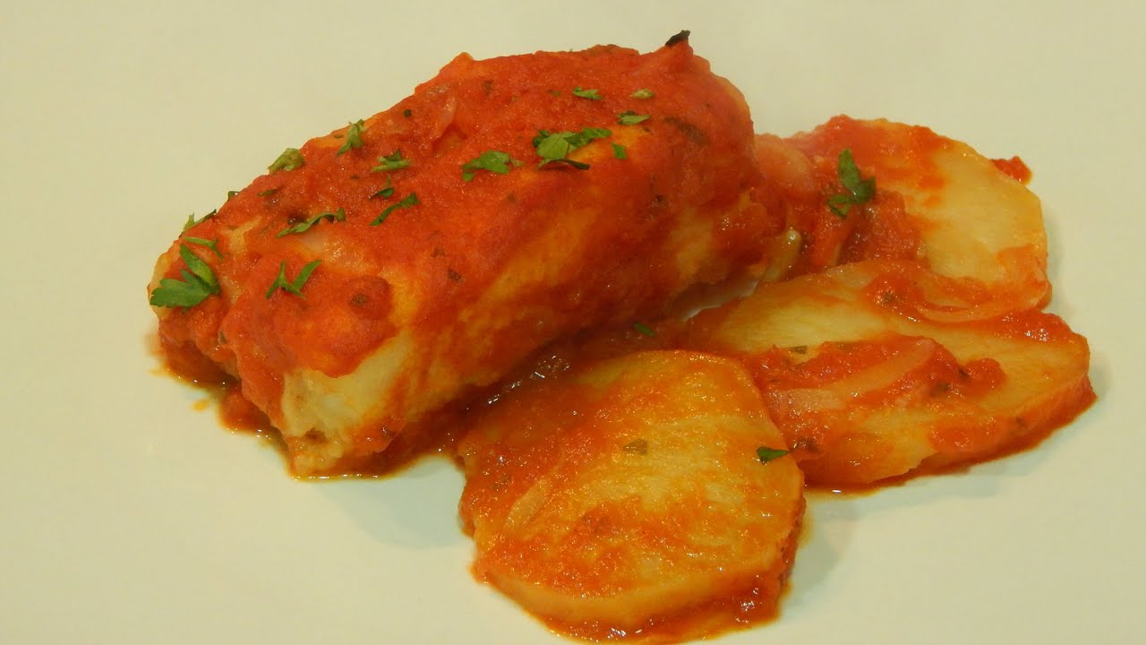 Receta de bacalao al horno en salsa de tomate youtube - Patatas en caldo con bacalao ...