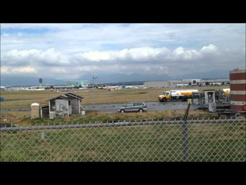HD Vancouver International Airport Plane Spotting Action