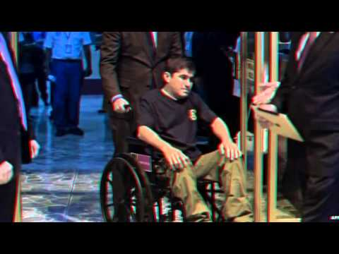 El Salvador castaway Alvarenga finally arrives home - 12 February 2014