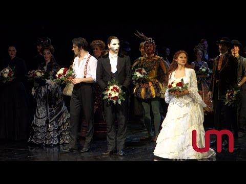»Das Phantom der Oper / The Phantom of the Opera« Premiere in Hamburg 2013 - Schlussapplaus