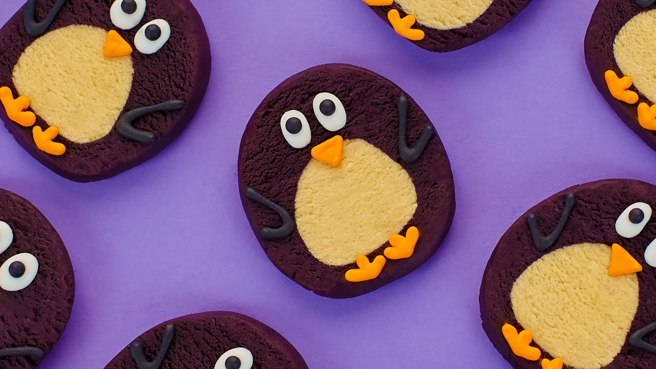 AWKWARD PENGUIN COOKIES ft Megan Nicole – NERDY NUMMIES