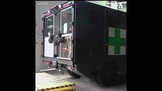 新加坡军方推出新冠病毒移动检测站