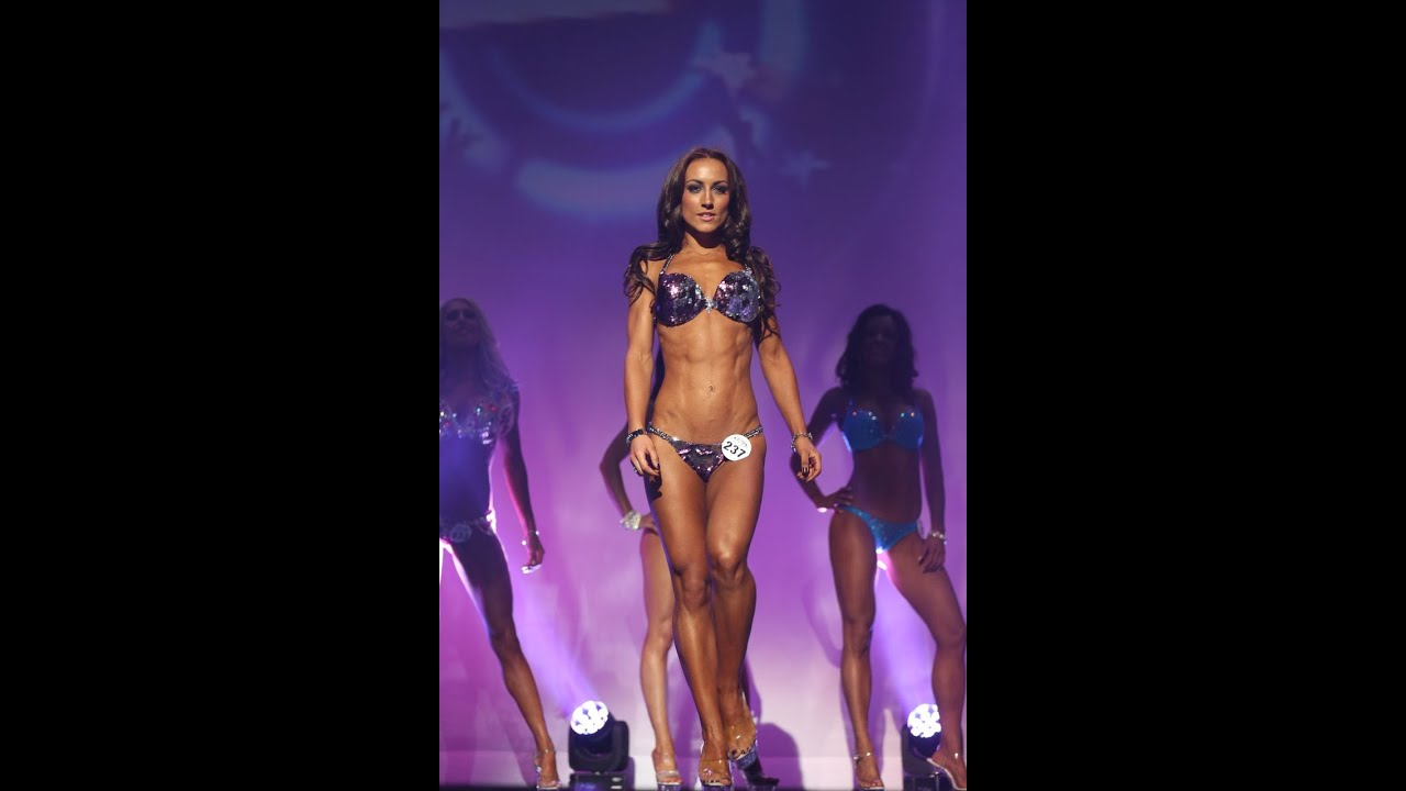 Diva bikini model