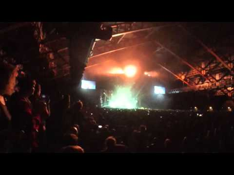 Imagine Dragons - Radioactive + Encore [The Fall] (Live @ Lyon, 26/10/2015)