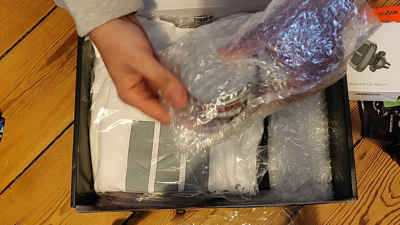 CarThrottle Christmas Box - Unboxing