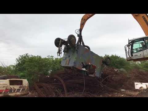 Military communications trailer being mutilated / government liquidation / govliquidation
