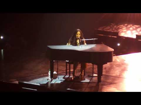 Demi Lovato - Warrior (Tell Me You Love Me Tour Barclays Center ) Brooklyn, New York HD