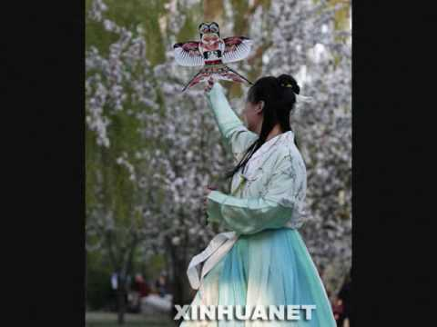 Hanfu - Traditional Clothing of Han Chinese