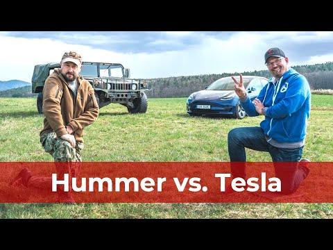 [4K] Hummer H1 vs. Tesla Model 3