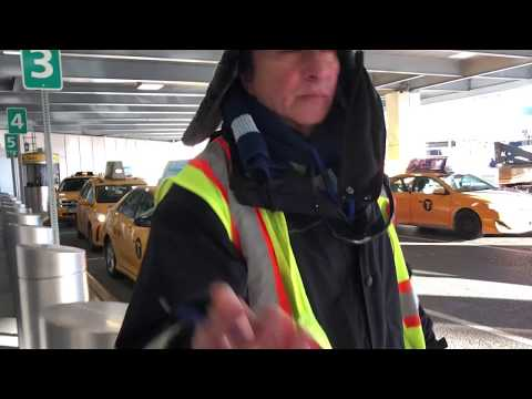 How to Get a Taxi at NYC Airports (Laguardia, JFK, and Newar