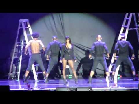 Chris Brown Concert Kelly Rowland -SICKKKK  Dance!! (F.A.M.E Tour '11 in Toronto)