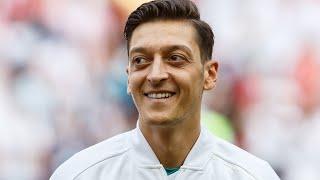 """Mesut Özil - """"Wenn die eigene Welt Kopf steht..."""": Überraschende Nachricht an seine Fans"""