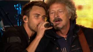 Clueso feat Wolfgang Niedecken - 'Schluss, aus, okay' (live) / Erfurt Domplatz 2017