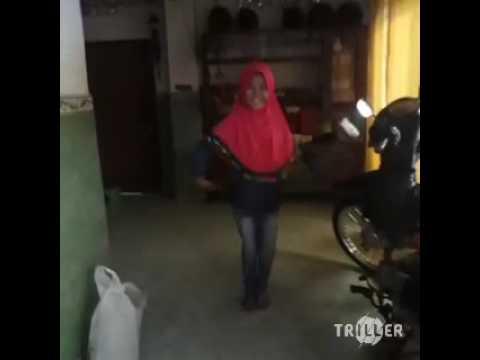 Bojoku Seneng Selingkuh - NDX A.K.A - www.freshlagu.wapka.mobi