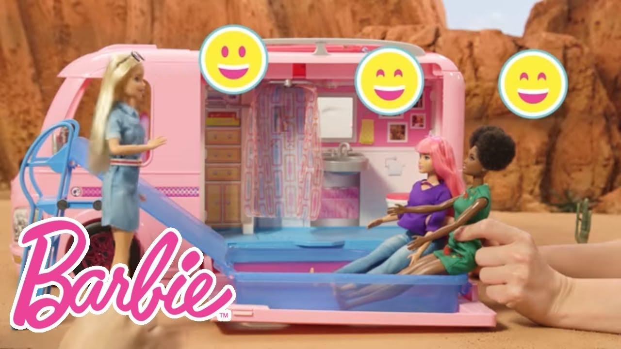 Viaje al festival de música en la DreamCamper | Barbie en Castellano