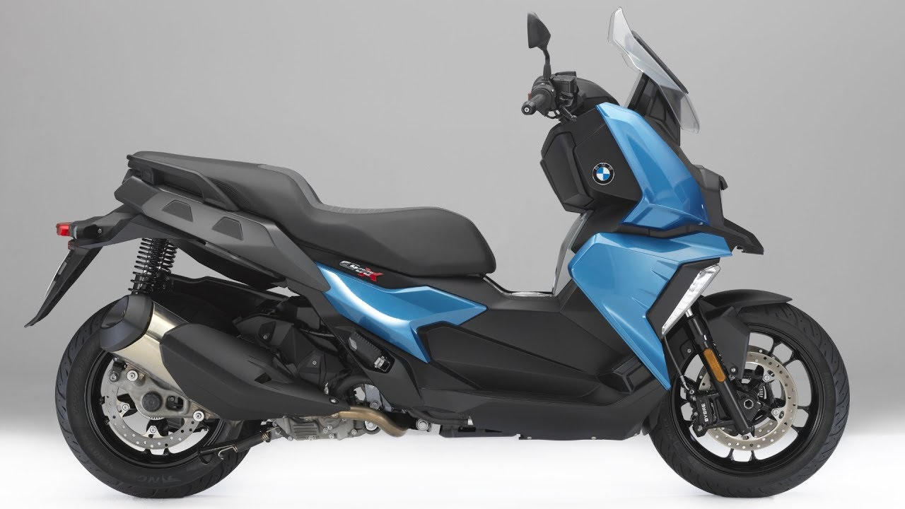 2018 bmw c 400 x scooter for maximum riding fun youtube. Black Bedroom Furniture Sets. Home Design Ideas