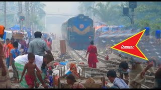 BD west Zone Non Stop Train Banalata express Passing OverCrowded area । বনলতা এক্সপ্রেস