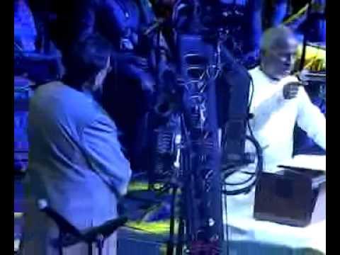 Illayaraja singing 'Nila Adhu Vaanathu Mele'to the tune of 'Thenpandi Cheemaiyile'