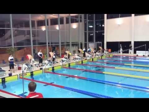 Alvi Hjelm setur nýtt føroyskt juniormet og vinnur bronsu til NM í Svøríki 2014
