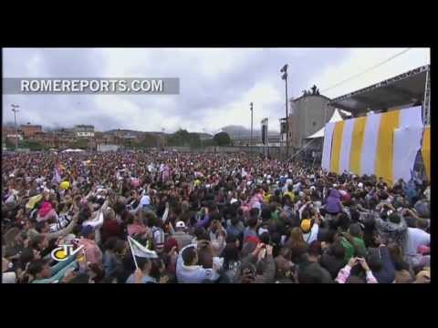 Pope to Slum Community: Don't be discouraged. Don't be indifferent