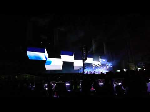 Money - Roger Waters - US & Them Tour Live from Curitiba 27/10/2018