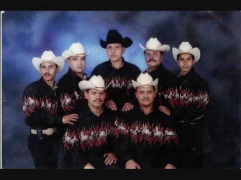 Los Hermanos Mondragon - Manuel Salazar
