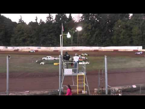 Modified main event #1 on 9/27/2014 at River city speedway