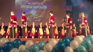 Download Сногсшибательное выступление Армян! Mp3 and Videos