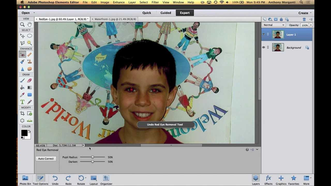 Photoshop elements tutorial: blending images with layer masks.
