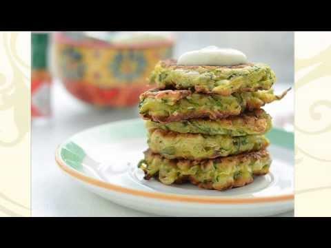 Как приготовить оладьи из кабачков. Вкусные кабачковые оладушки. Видео-рецепт.Рецепт с фото